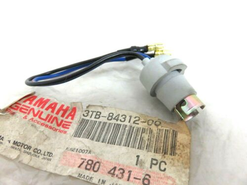 Yamaha XT 500 600 XT500 XT600 XTZ660 Tenere Headlight Socket 3TB-84312-00