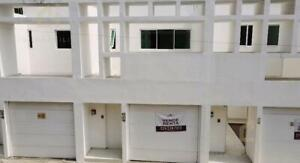 Bella residencia con amplios espacios ideal para tu oficina