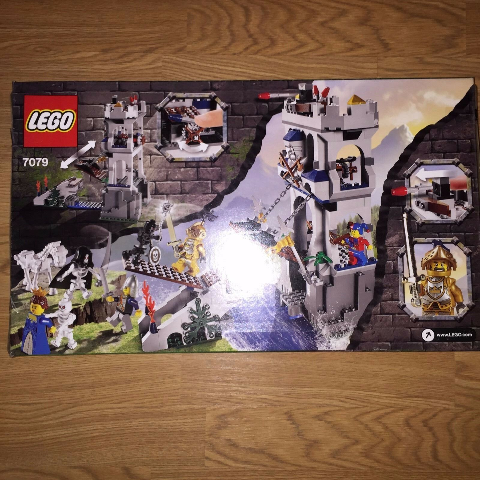 Lego Castle   7079 Drawbridge Defense NIB NIB NIB RetiROT, Hard to Find 8909bc