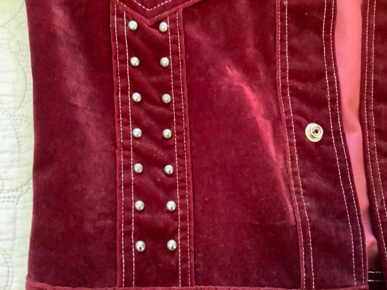 VINTAGE Women's Burgundy Red Velvet Blazer Jacket… - image 12