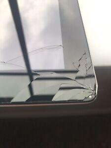 Apple iPad 2 16 Go * Ecran fissuré * Wi-Fi, 9.7 in (environ 24.64 cm) - Noir (MC769LL/A)