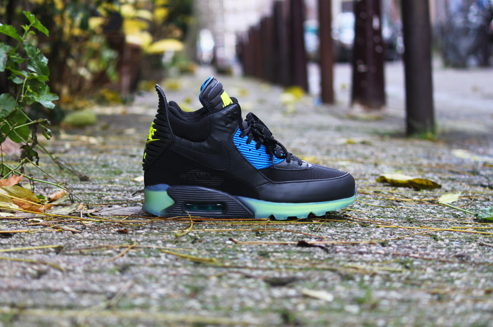 Nike air max 90 sneakerboot sneakerboot sneakerboot eis 684722-001 sz 7 schwarze asche blaue neon - foto 8fd1fd
