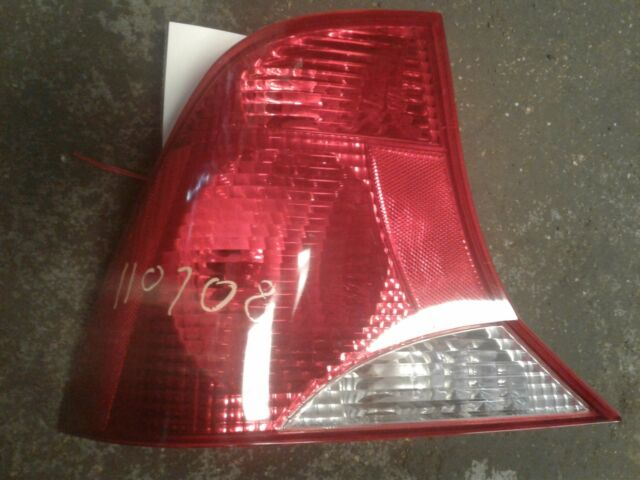 2000 2001 Ford Focus Tail Lamp Light Left Driver Side Oem  Ys4x13441ca