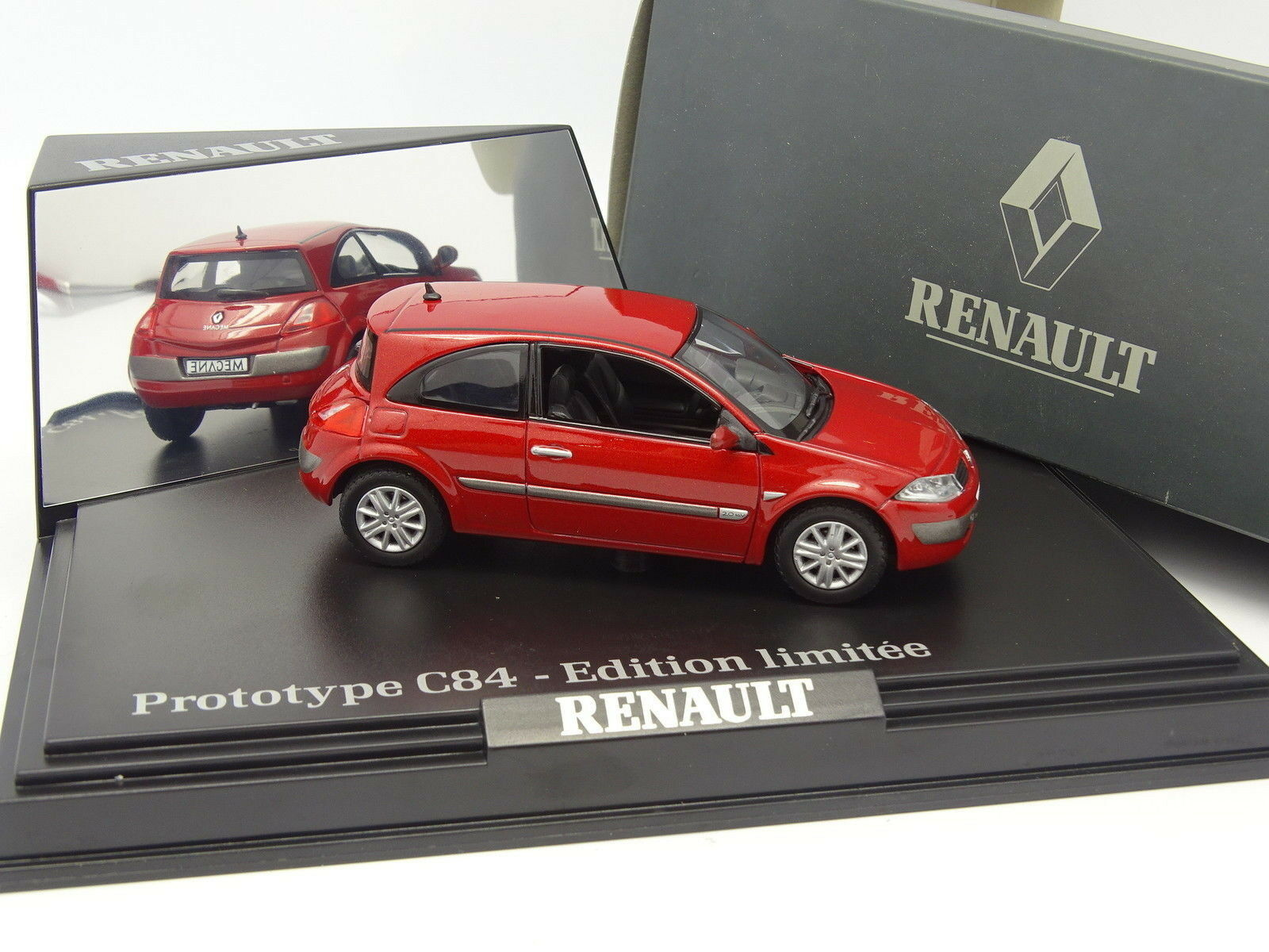 Norev 1 43 - Renault Megane 2003 3 doors Red Red Red 4e19f7