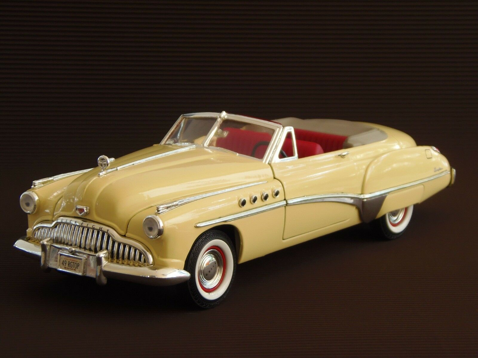 Franklin Mint 1 24 Scale 1949 Buick Roadmaster Precision Model MIB