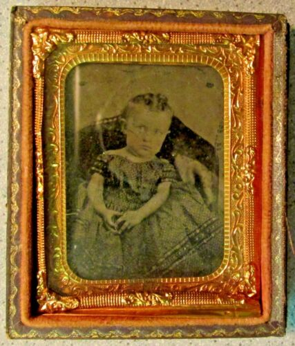 Antique AMBROTYPE PHOTOGRAPH of BEAUTIFUL LITTLE GIRL in DRESS vintage photo
