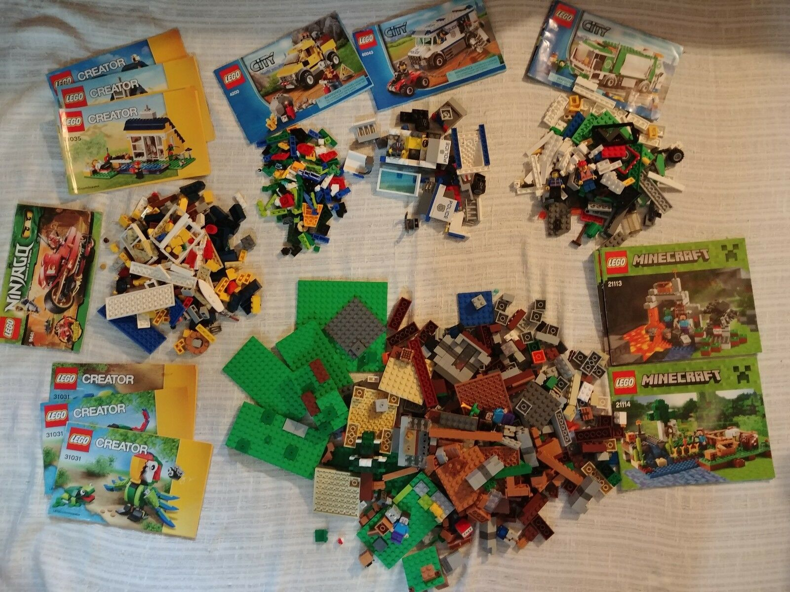 Lot of 7 Partial Lego sets Minecraft, Creator, city 5+ Lbs