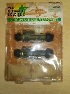 THE-ULTIMATE-SOLDIER-DRAGON-ANTI-TANK-WEAPON-SET-21st-Century-Toys-1998-NEW