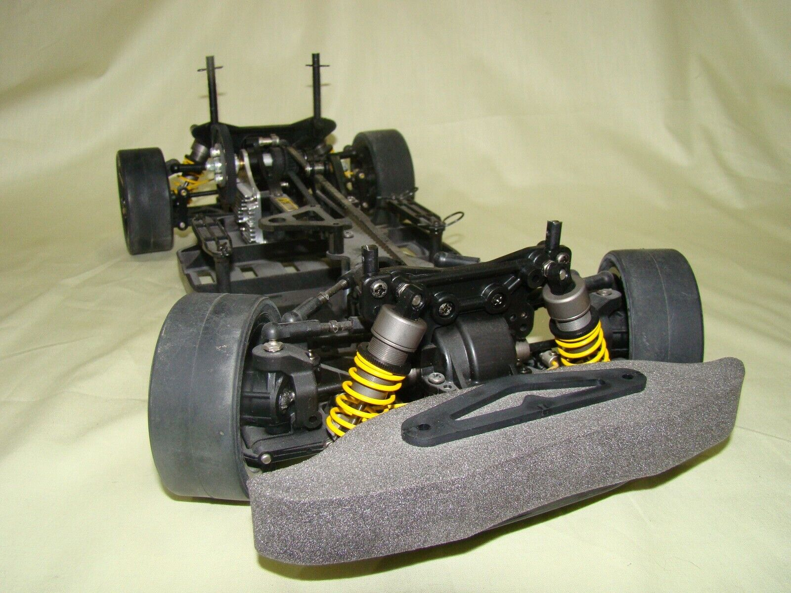 58276 New Vintage Tamiya TA04 R carbon reinforced lower deck chassis
