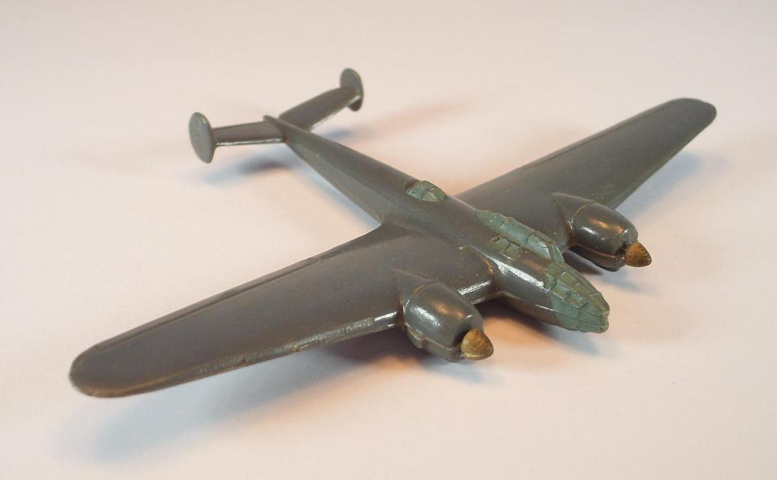 Wiking Flugzeug 1 200 F4 Amiot 351 green-grey 40er Jahre