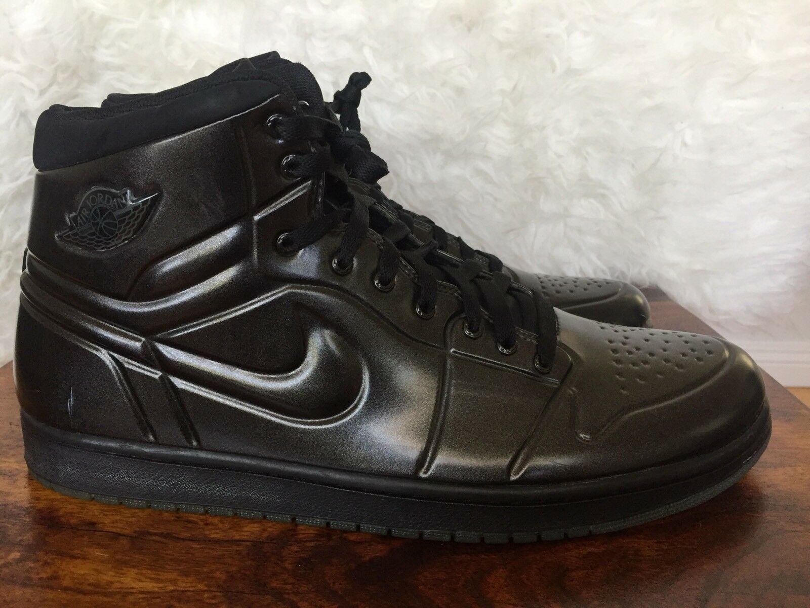 Nike Air Jordan 1 Anodized Black Ds Mens Comfortable The most popular shoes for men and women