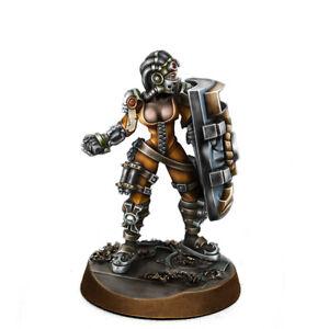 Heresy-Hunters-Female-Arbitator-Wargame-Exclusive