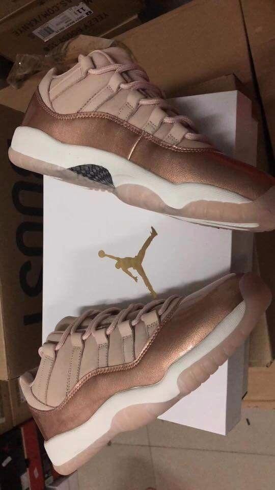 Jordan 11's Retro Low pink gold WMN