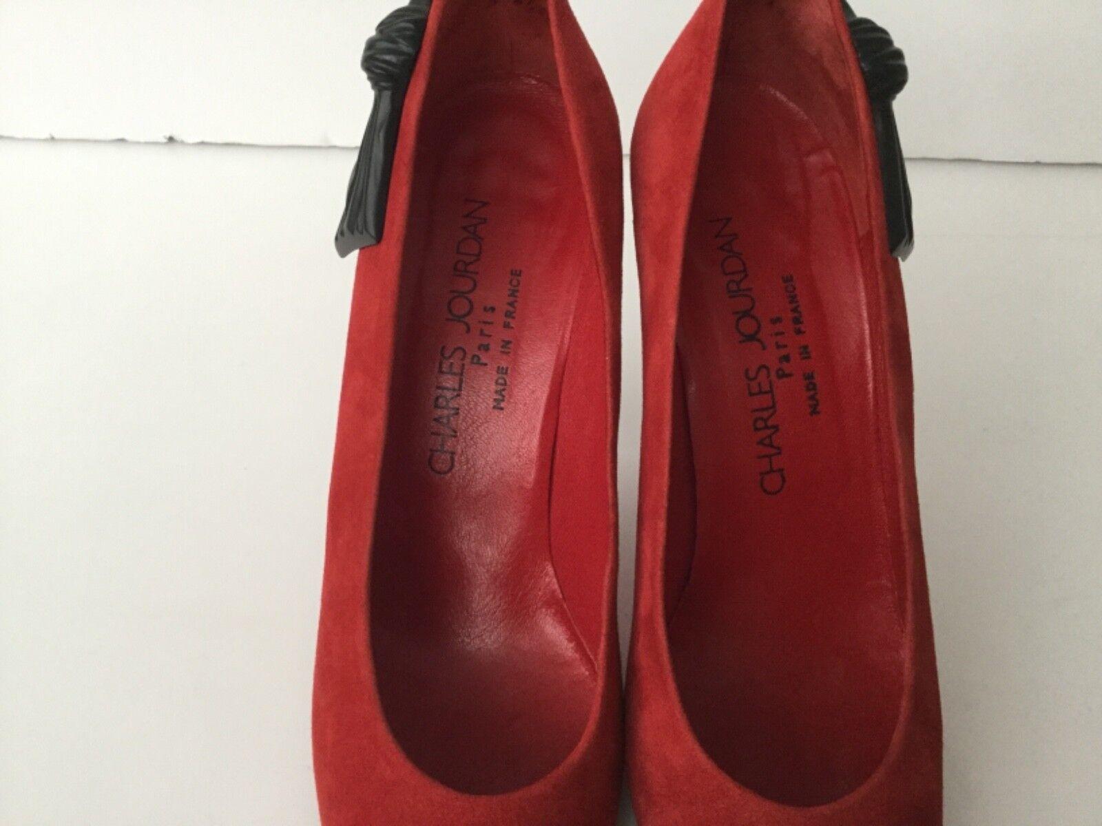 Charles Jourdan Rojo Suede Negro Talón Arco Tacón Alto Alto Tacón Tribunal Zapatos Talla 8 de EE. UU. y Caja 6a8411