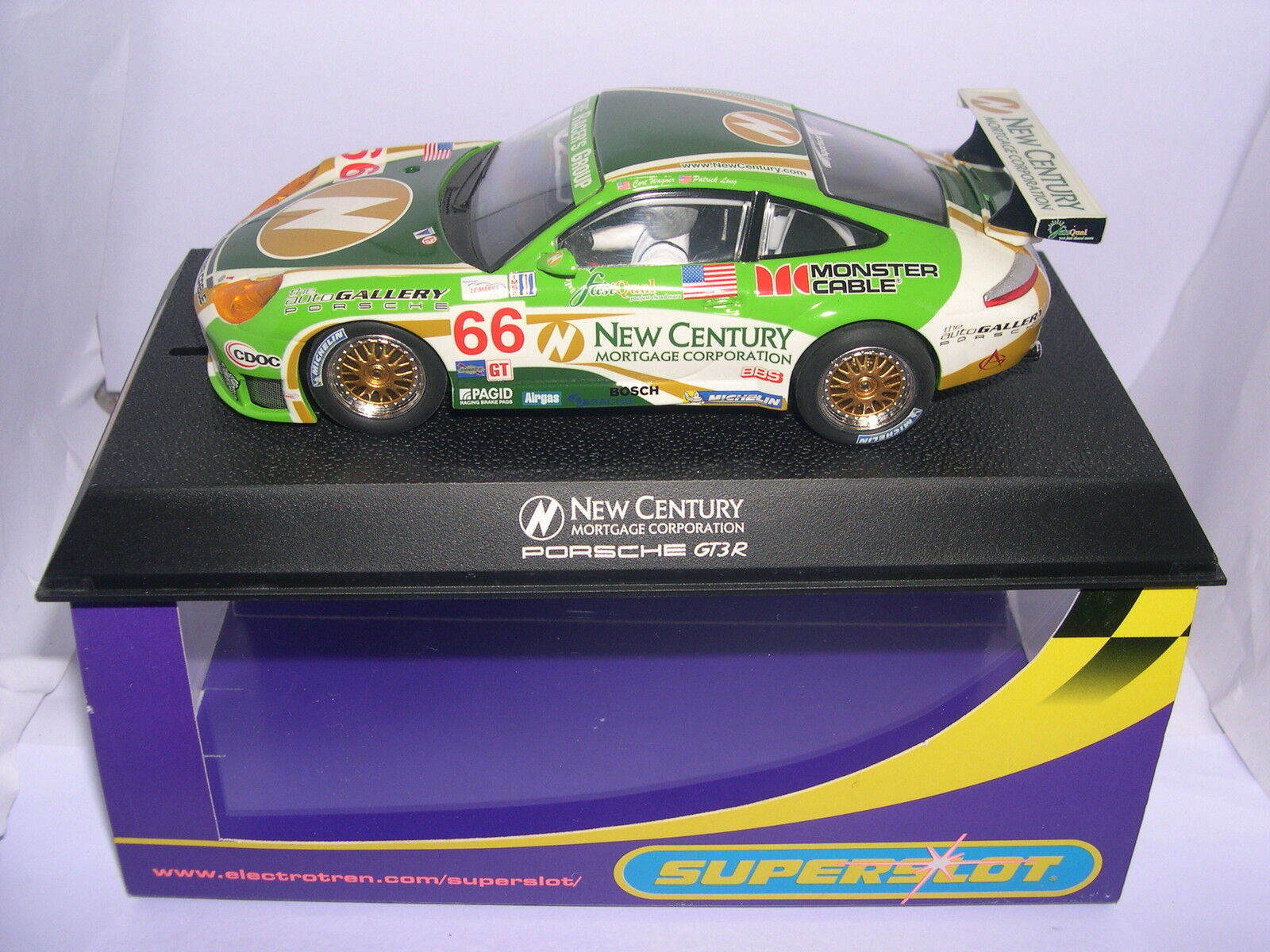 SUPERSLOT H2665 PORSCHE 911 GT3R NEW CENTURY SCALEXTRIC UK MB