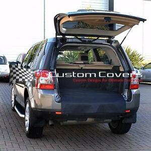 LAND-ROVER-FREELANDER-2-TAILORED-BOOT-LINER-COVER-MAT-DOG-GUARD-2006-2015-023