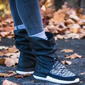 quality design 74fc2 2fd15 Details about Nike Roshe Two Hi Flyknit Women`s Boots 861708 002 Black