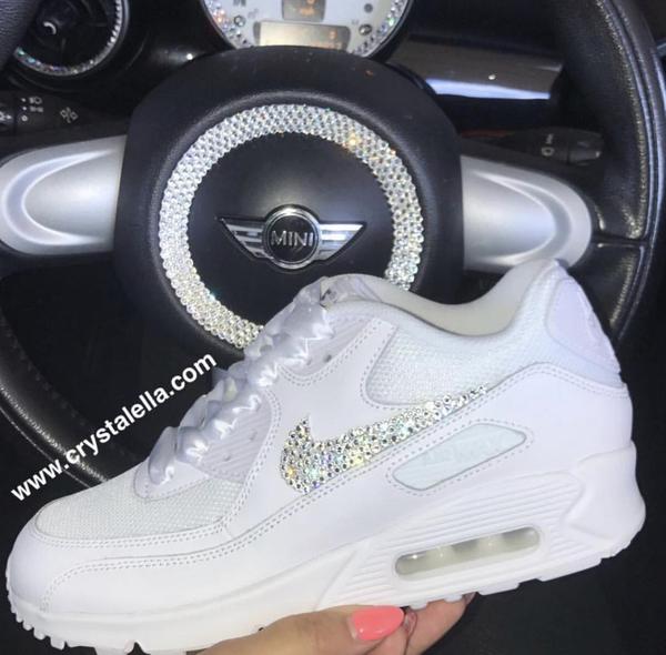 Personnalisé Crystal nike air max années 90 en Blanc Blanc Blanc Nike Swarovski Crystal formateurs. 01931a