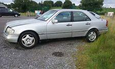 Mercedes C230 elegancia W202 1997 Motor de ruptura Para Repuestos O/S N/S Izquierda Derecha