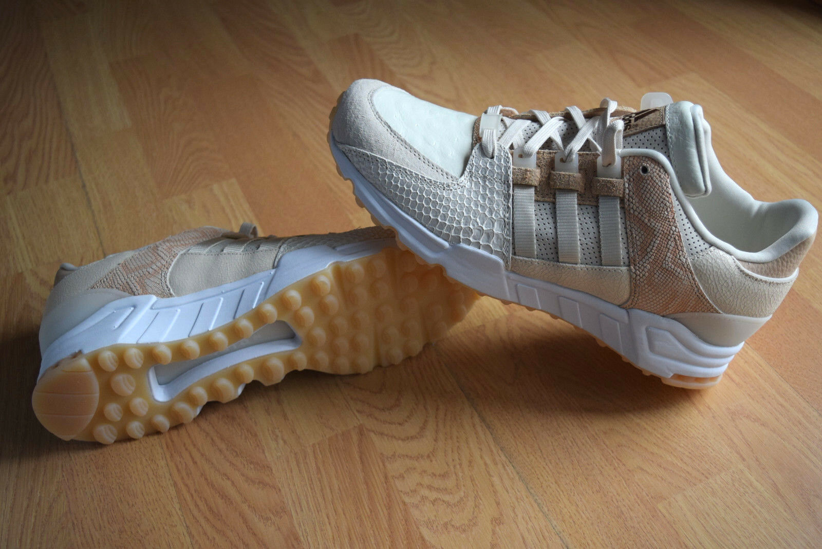 Adidas Equipment Support Running gr 44,5 49 F37617 Oddity Lux Pack Guidance 93