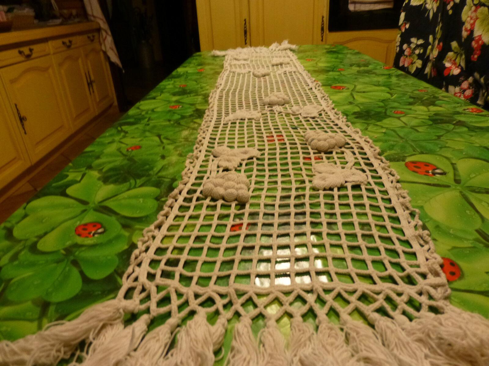 Belle pièce de 1m77,Jeté de table Grappes de raisin