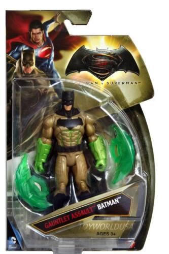 Mattel DC Comics Batman v Superman Gauntlet Assault Batman
