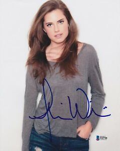 ALLISON-WILLIAMS-SIGNED-8X10-PHOTO-GIRLS-BECKETT-BAS-AUTOGRAPH-AUTO-COA-C