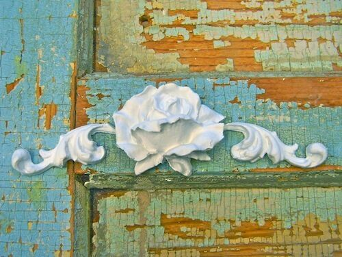 Shabby n Chic Rose Center * Furniture Appliques
