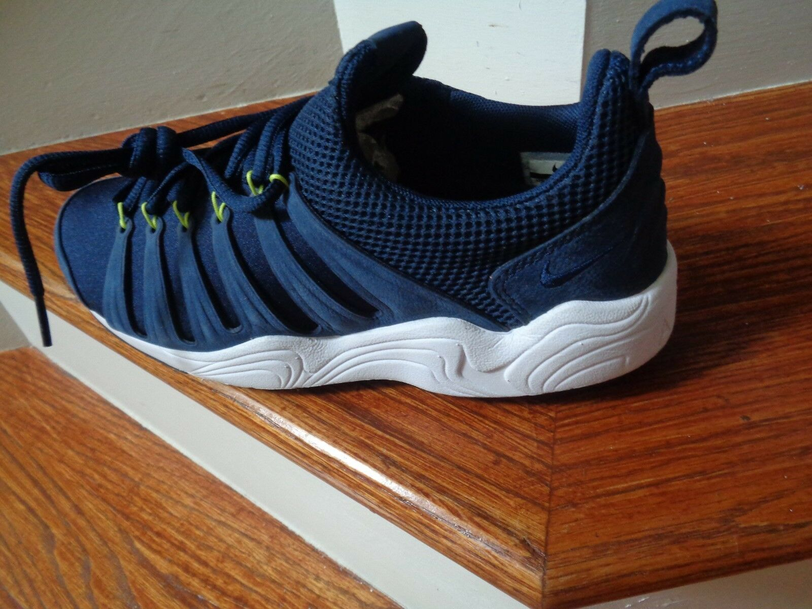 Nike Air Zoom SPIRIMIC QS Men's Running Shoes, 881983 400 Size 8 NEW