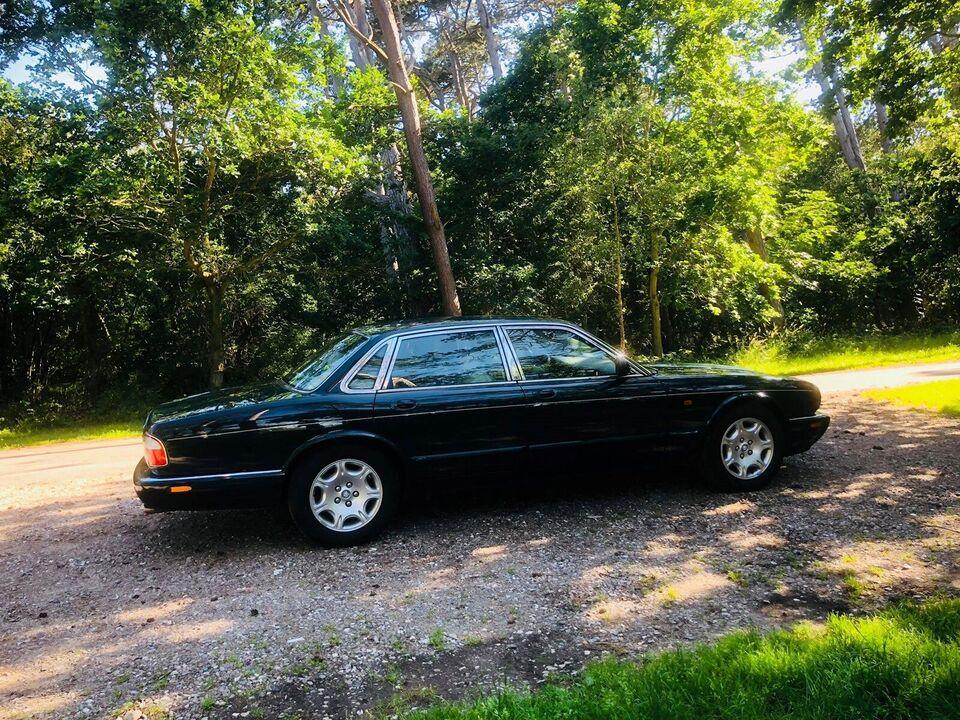 Jaguar XJ8, 4,0 Sovereign, Benzin