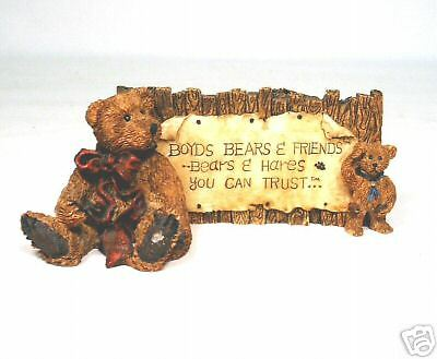 Boyd's Bear - Granville & Neville  The Sign