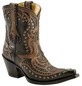 Brown tops, Western boots and Westerns on Pinterest  |Cowboy Boots With Colored Tops