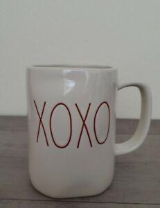 NEW-RAE-DUNN-by-Magenta-Valentine-039-s-XOXO-Hugs-and-Kisses-Mug-Farmhouse-Decor
