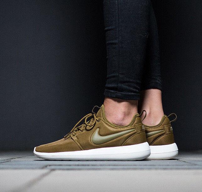 Femme Nike Roshe deux fonctionnement Baskets Chaussures Gym Casual-UK 7 (Eur 41) Olive-