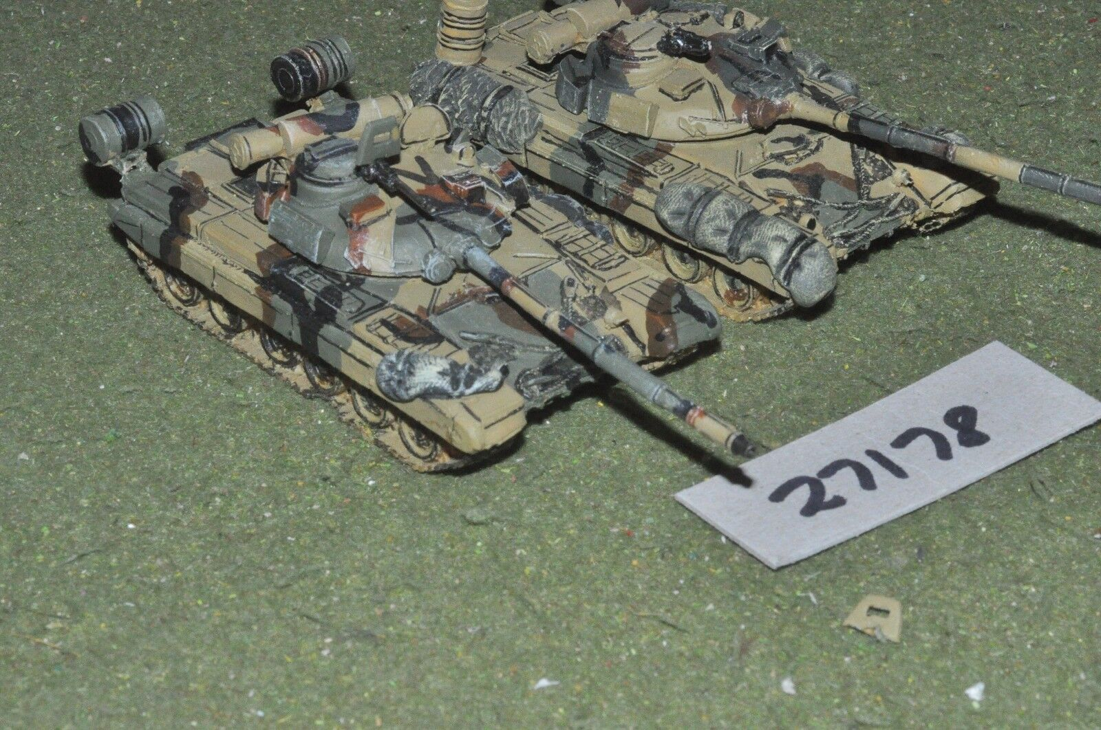 20mm modern   russian - 2 tanks - vehicles (27178)