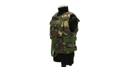 A205 1:6 Scale British Woodland DPM Combat Body Armor