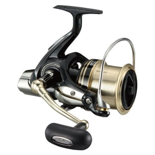 New Daiwa 17 WINDCAST 6000QD Spininng Reel SURF CASTING from Japan