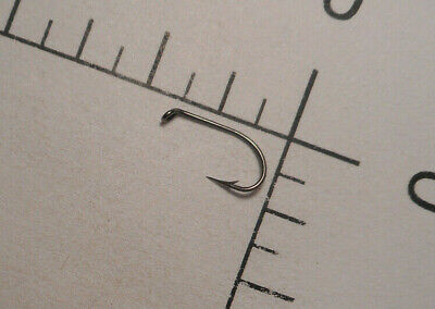 100 MUSTAD #14 DRY Fly Tying Hooks kendal round TD TAPERED EYE RUSTPROOF 3984 H