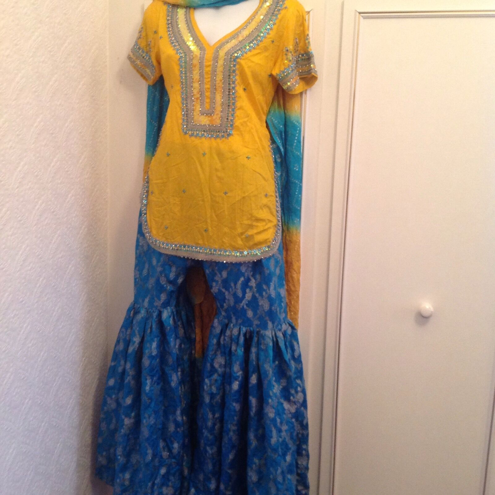 Asian Women's Yellow & bluee Sharala Outfit Size 10 Party wedding Eid Diwali