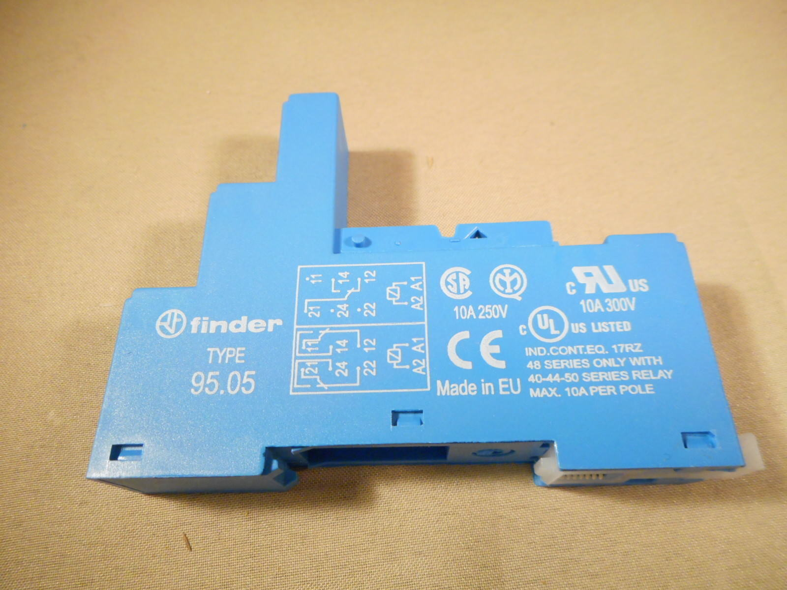 Finder 9505 General Purpose Relay Socket 8 Blade Pc Board Mount 10 Terminal Norton Secured Powered By Verisign