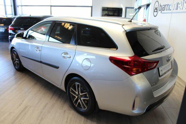Toyota Auris 1,6 T2+ Comfort TS - billede 1
