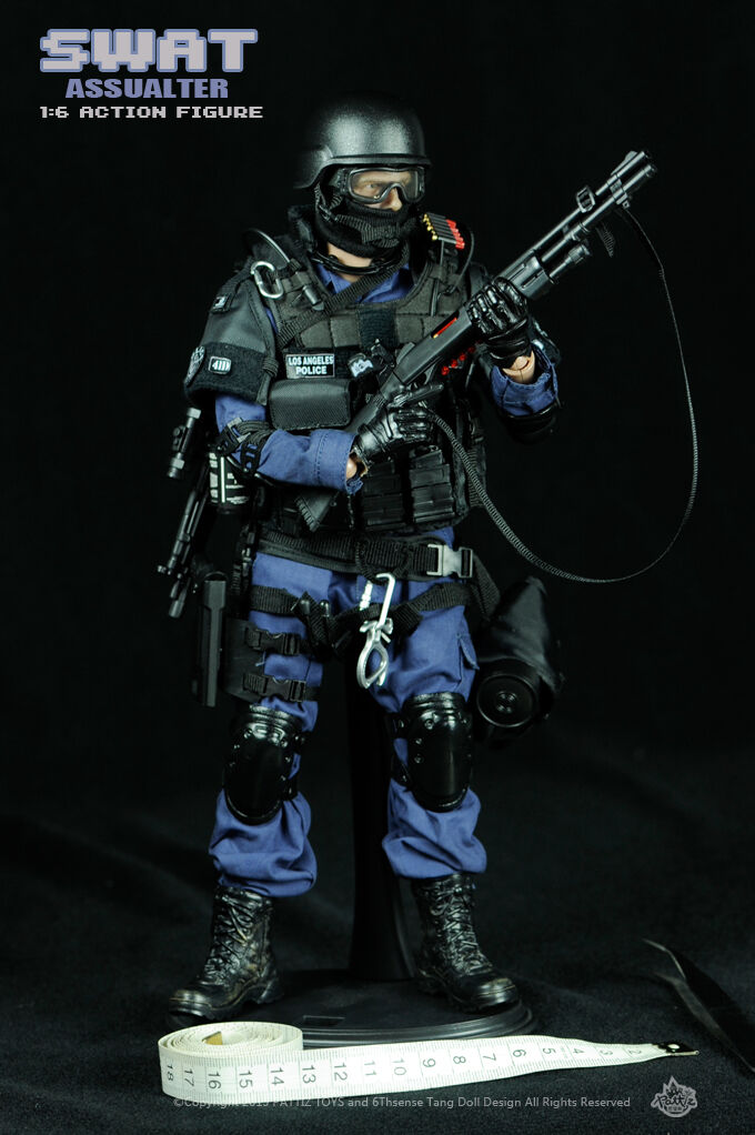 12  SWAT Elite Special Force Police Action Figure Assualter 1/6 Scale Nuovo IN Box