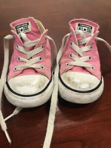 Pre Owned Toddler Girls Pink Converse