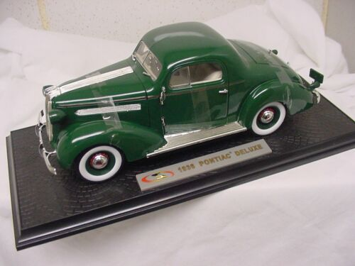 1936 PONTIAC DELUXE 1/18 DIECAST SIGNATURE MODEL DARK GREEN NEW