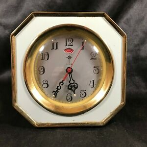 Vintage-POLARIS-Wind-Up-Alarm-Clock-Powder-Blue-Glow-in-the-Dark