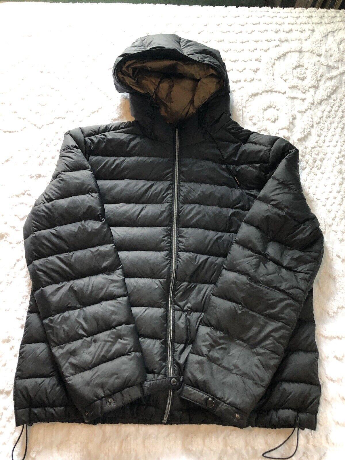 Zara Women's black down hooded puffer jacket size XL