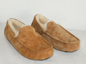 NEW-NWOB-MENS-SIZE-7-UGG-ASCOT-5775-CHESTNUT-SHEEPSKIN-SLIPPERS-MOCCASINS-SHOES