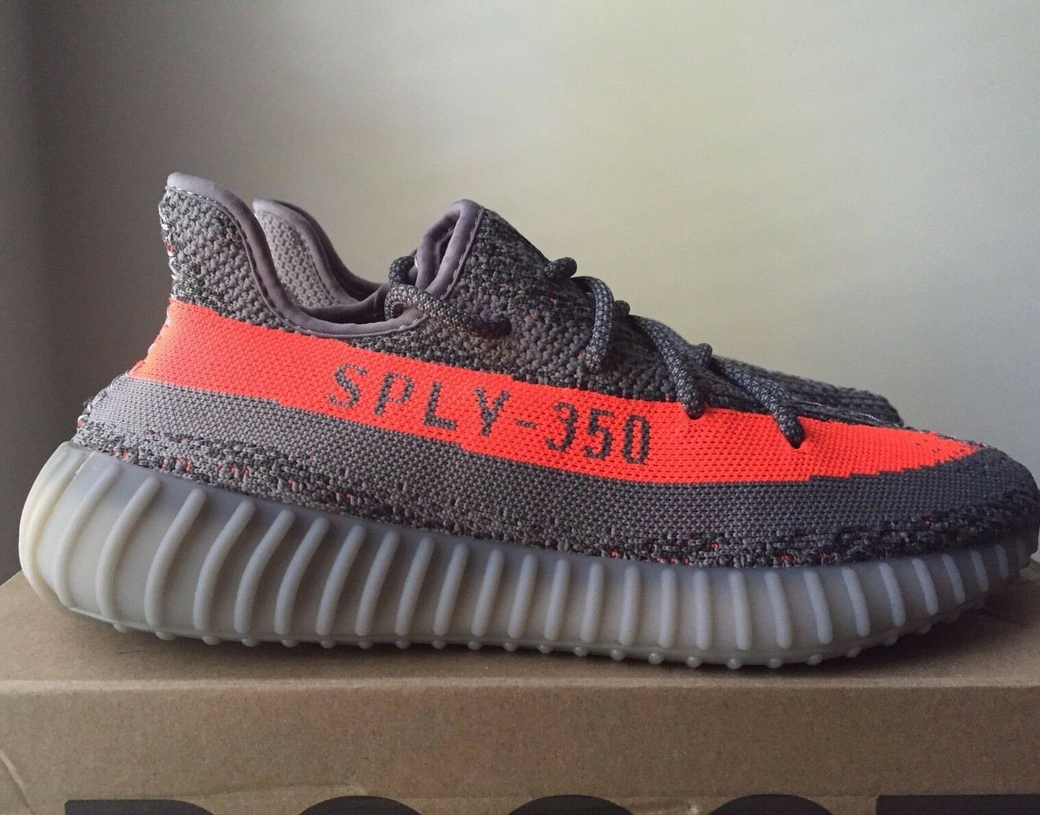 Adidas Yeezy Boost 350 V2 Beluga Size 9.5 Grey Solar Red BB1826 100% Authentic