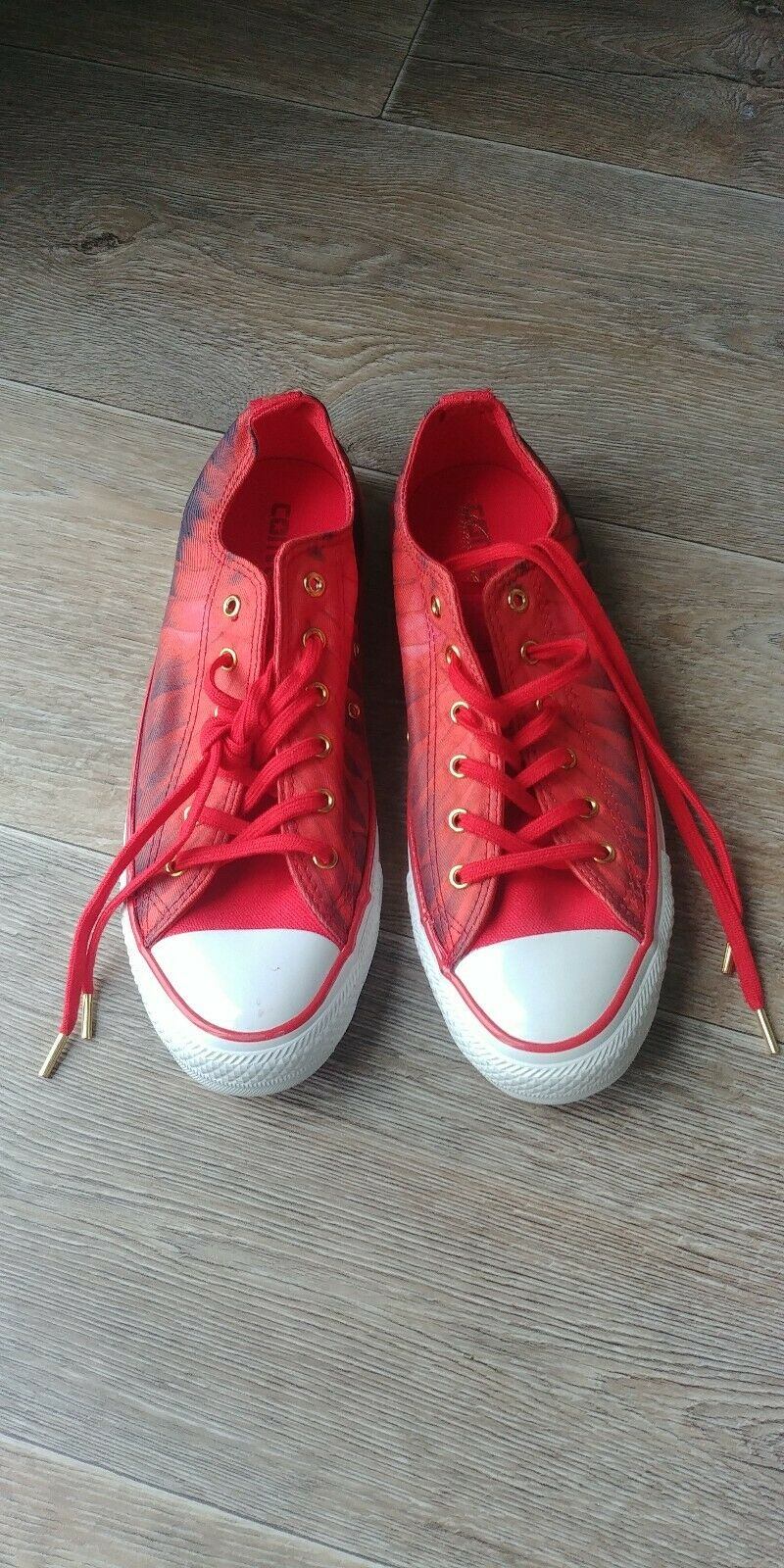 Stunning Converse Red Feather Cupid Size UK6 EU39
