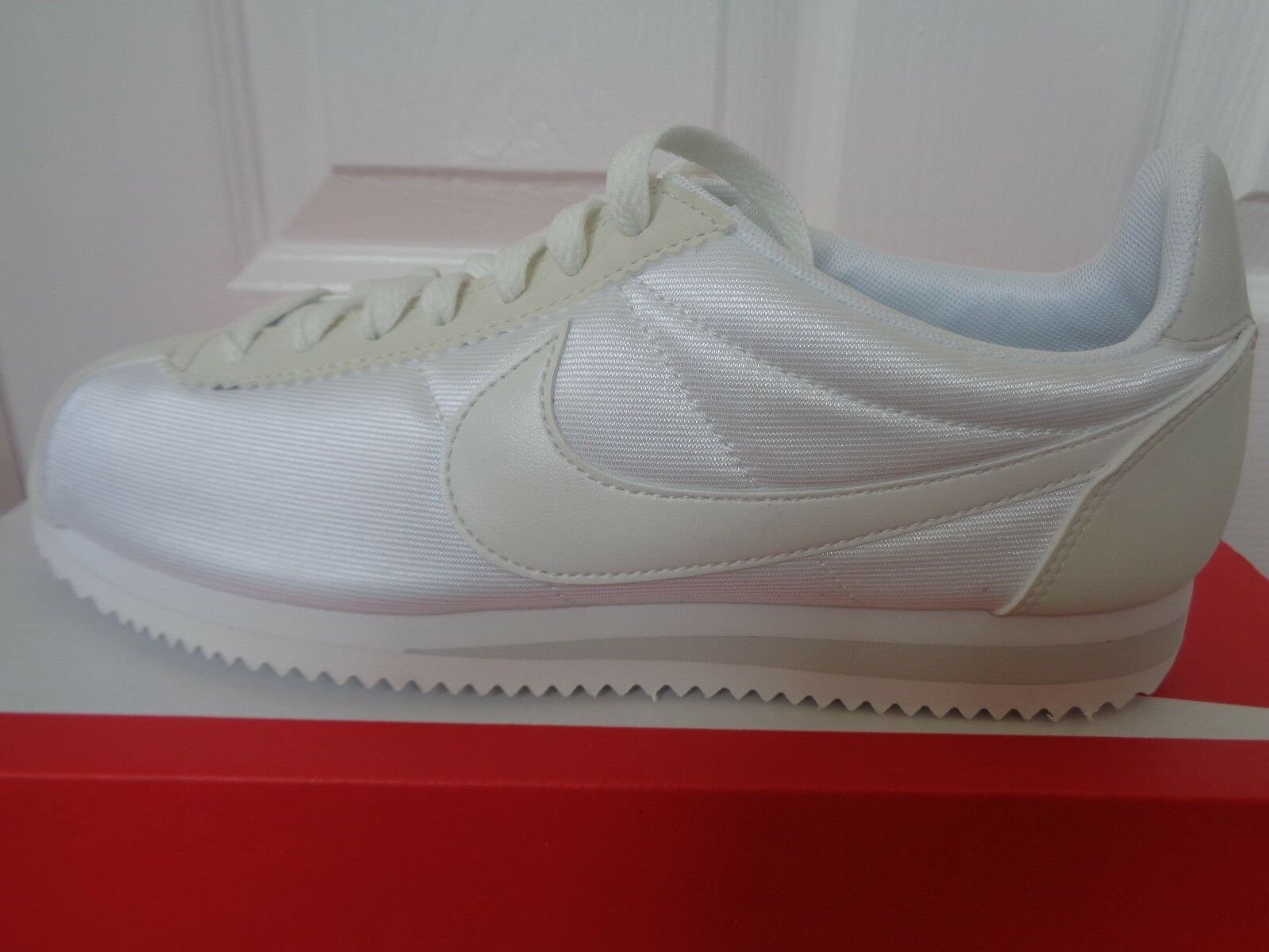 Nike Classic Cortez 15 wmns trainers chaussures eu 749864 103 uk 6.5 eu chaussures 40.5 us 9 NEW a7a576